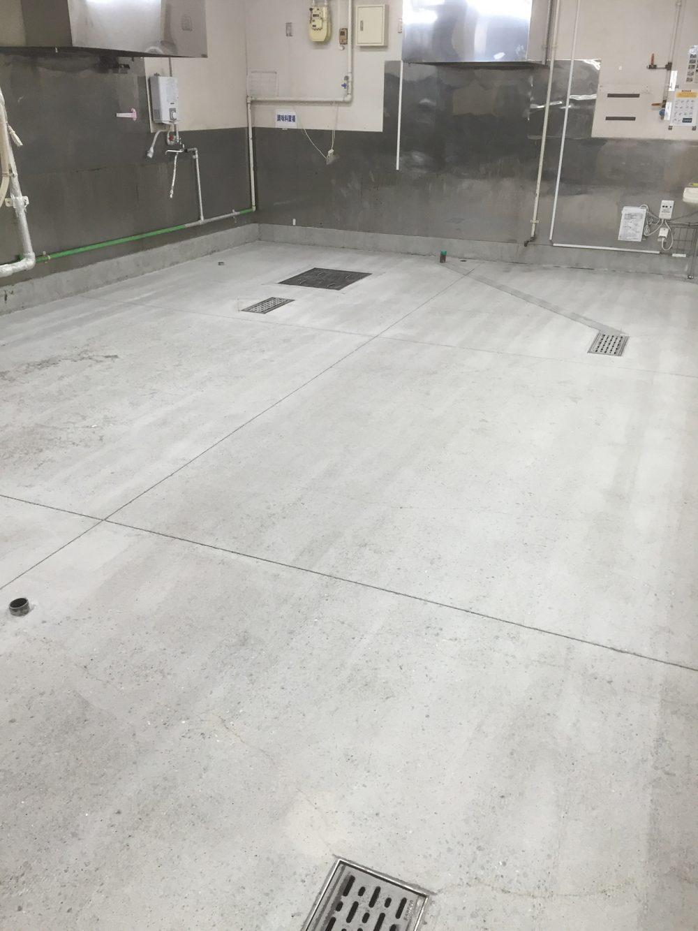 厨房床下地処理工事