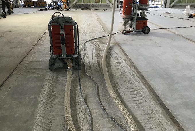 雨打たれコンクリート(表層研磨)セラミックボンド